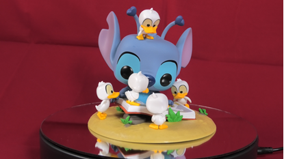 Picture of Stitch With Ducklings Funko