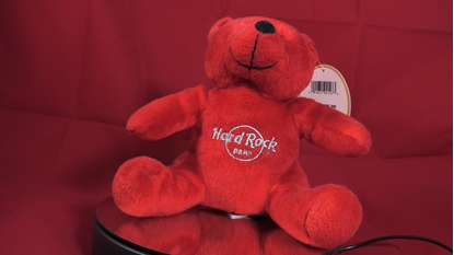 Afbeeldingen van Hard Rock Park Stuffed Bear